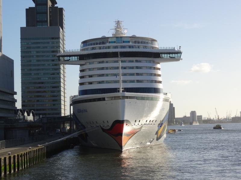 Фото судна AIDAprima