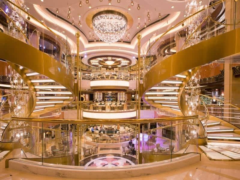 Фото судна Regal Princess